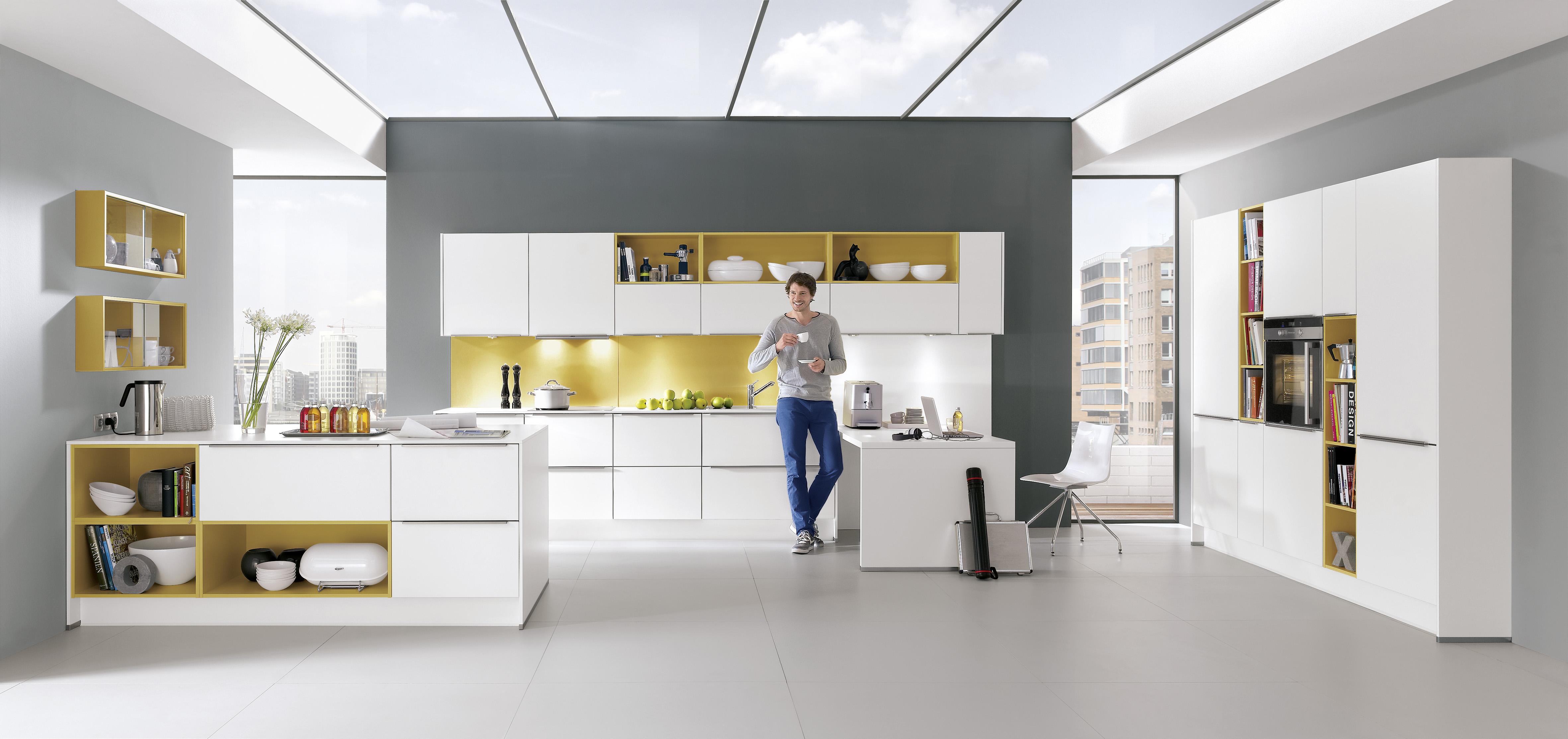 Farbtupfer und regale für eine wohnliche gesamtatmosphäre die küche ist heute der mittelpunkt von haus und wohnung