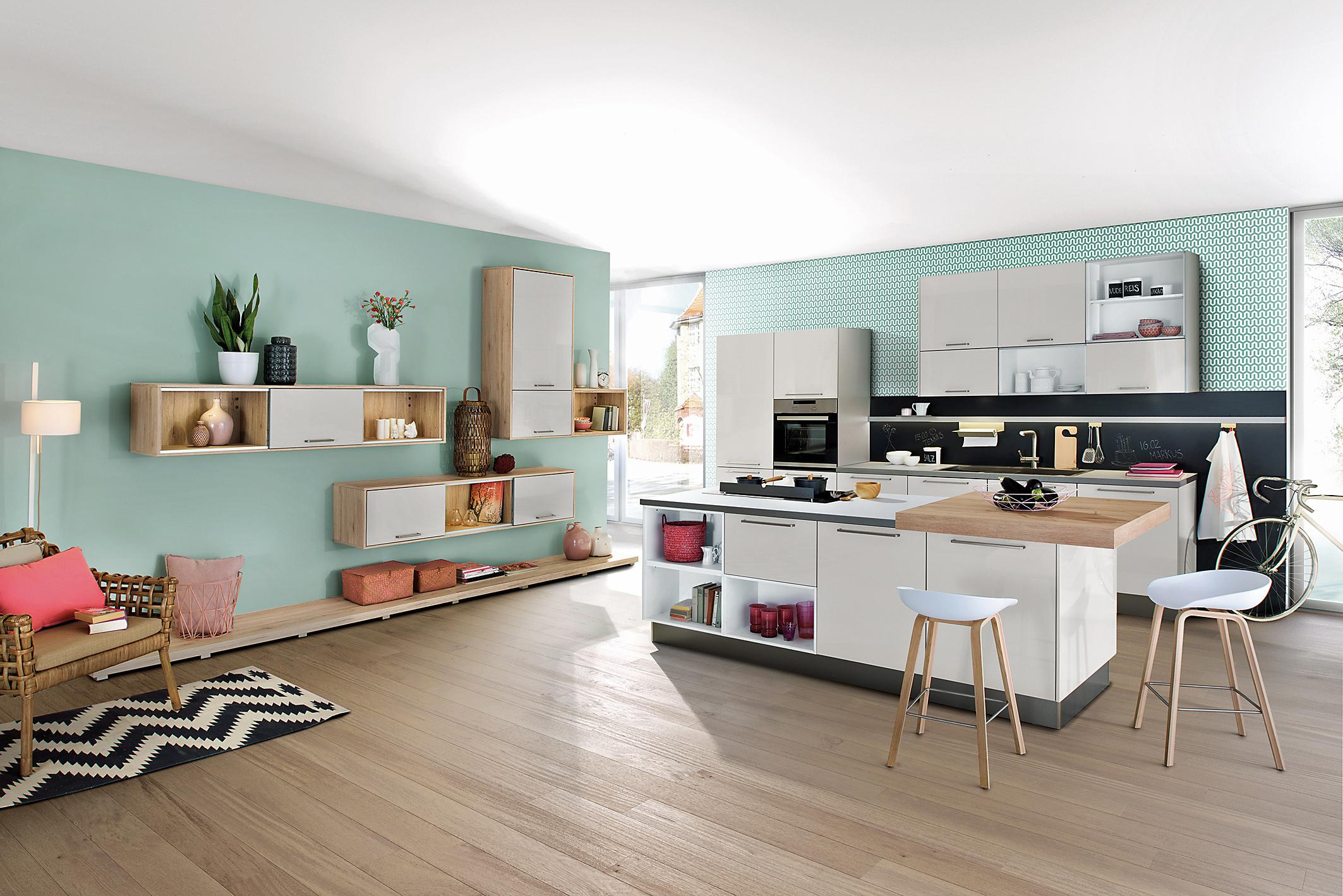 ob gro oder klein eine gute planung macht die neue k che professionell und komfortabel amk. Black Bedroom Furniture Sets. Home Design Ideas