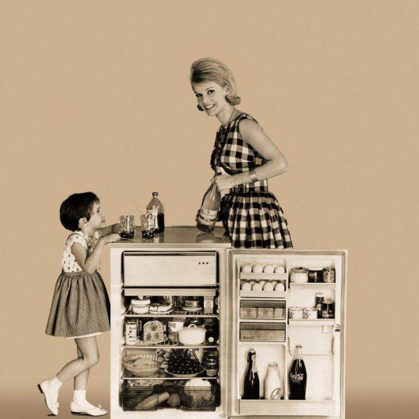Die spannende Geschichte des Kühlschranks: Von Erdlöchern zu energieeffizienter Kühltechnik – Foto 1
