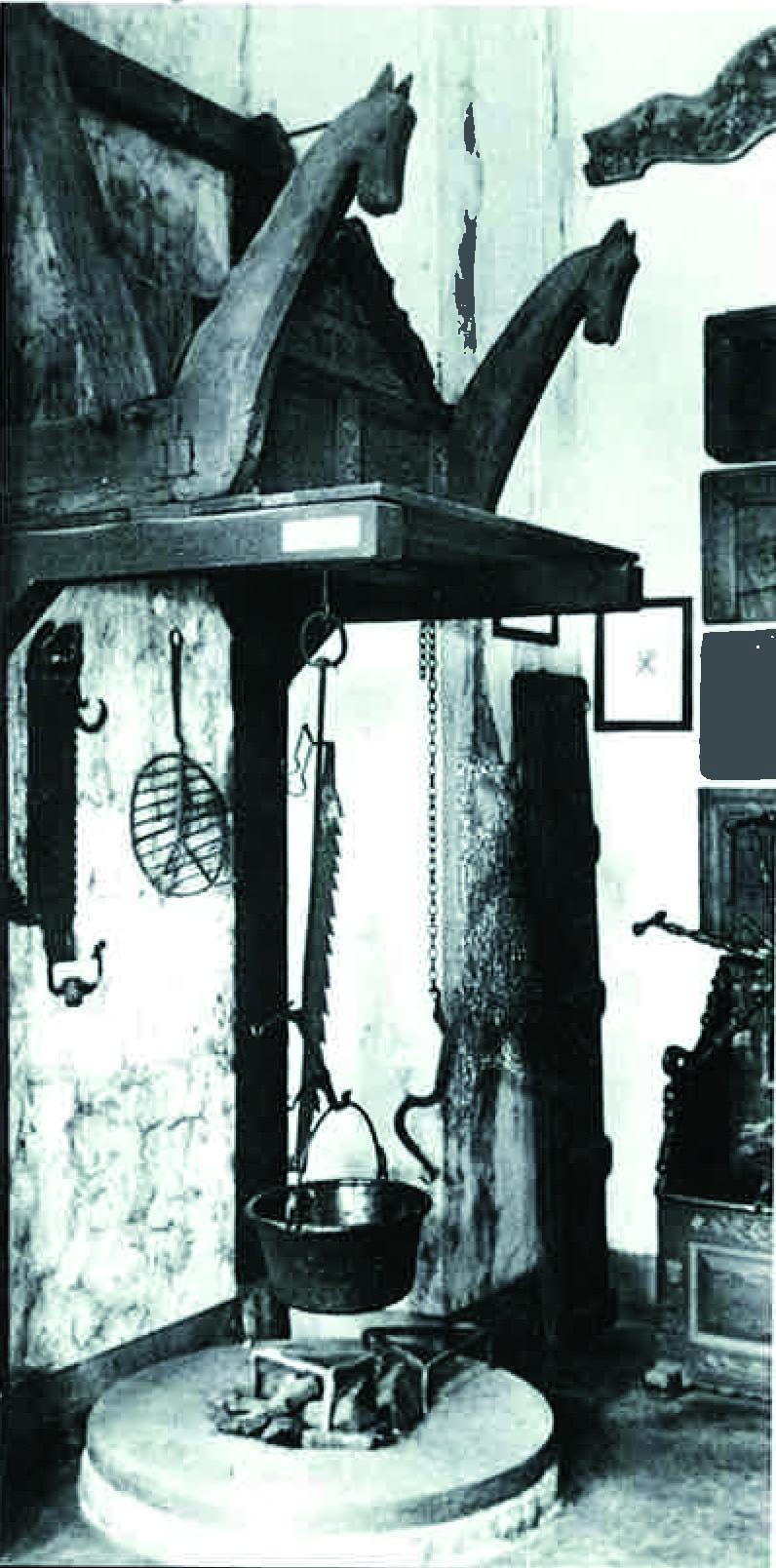 vom offenen feuer zum geschlossenen herd die einstige feuerstelle bildet noch heute den. Black Bedroom Furniture Sets. Home Design Ideas