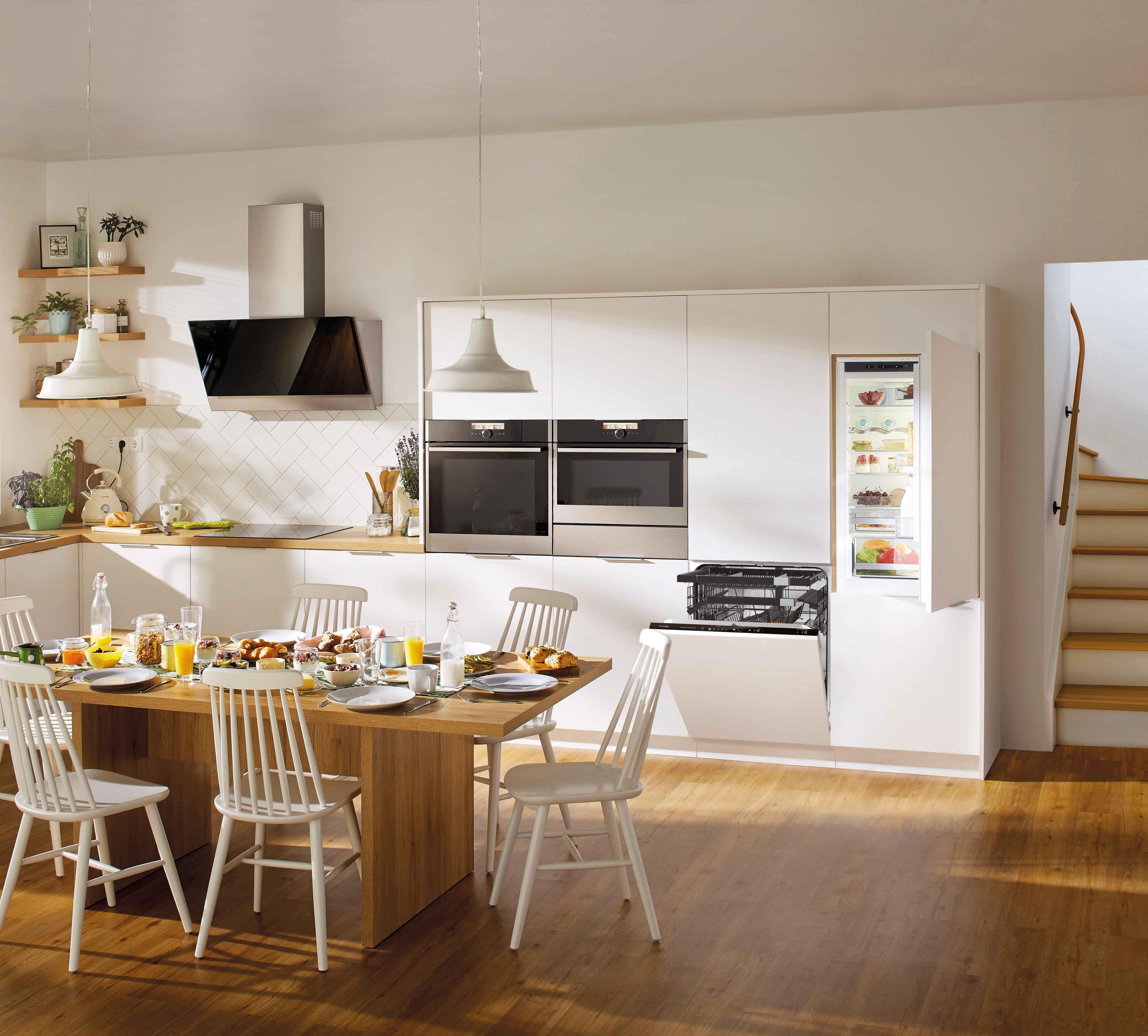 kompakt einbauger te attraktiv extrem flexibel amk arbeitsgemeinschaft die moderne k che e v. Black Bedroom Furniture Sets. Home Design Ideas