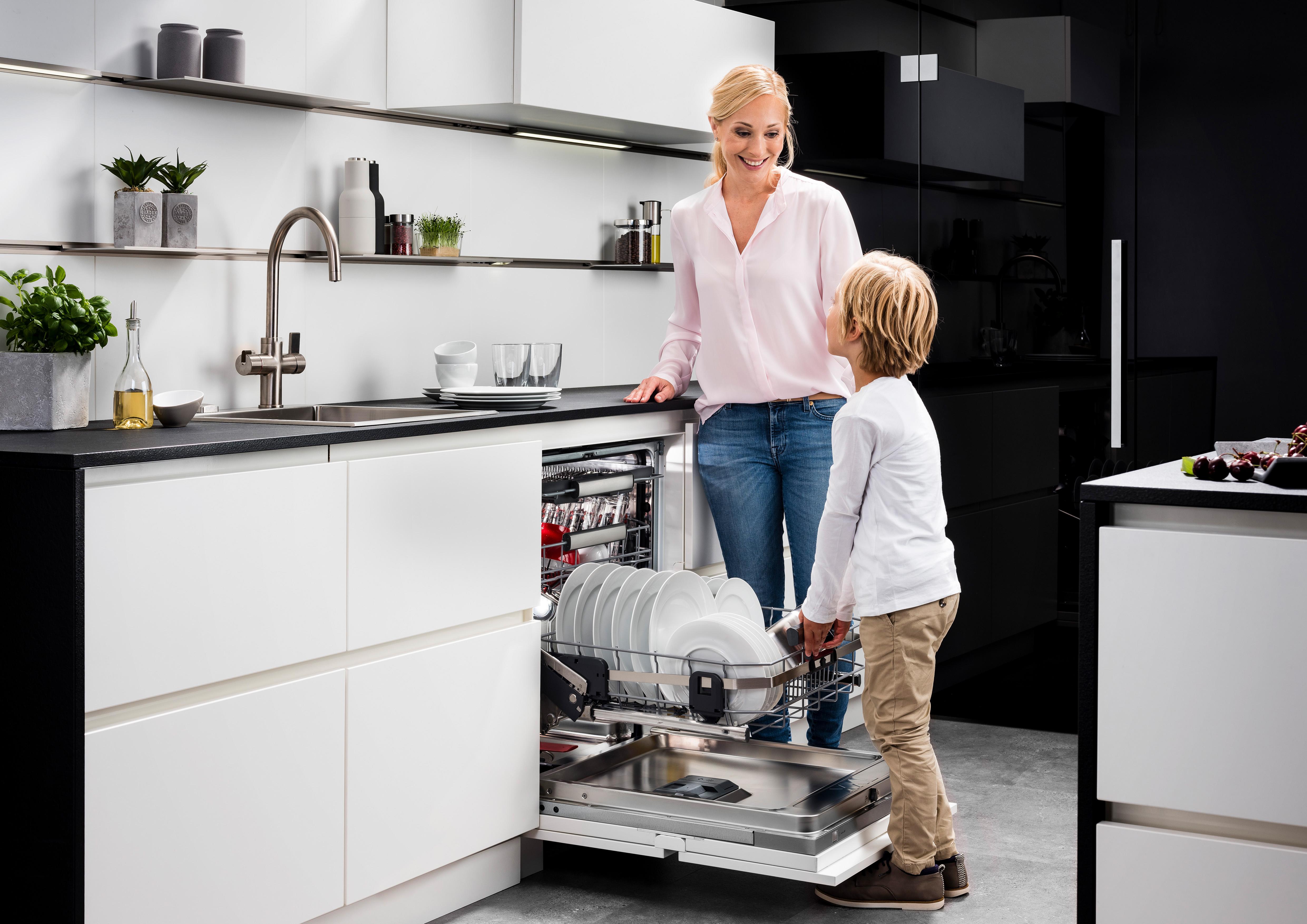 Geschirrspüler: energieeffizient & komfortabel - AMK